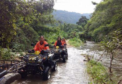 ขี่รถ ATV ลุยธรรมชาติ